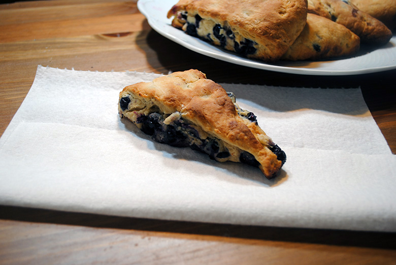 brown-sugar-blueberry-scone