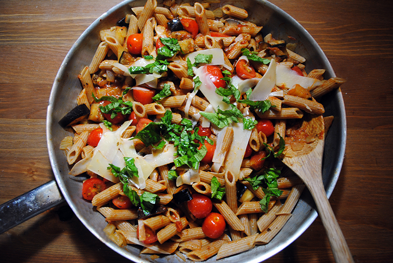 Whole-wheat Summer Pasta with Eggplant, Tomato and Caramelized Onions ...